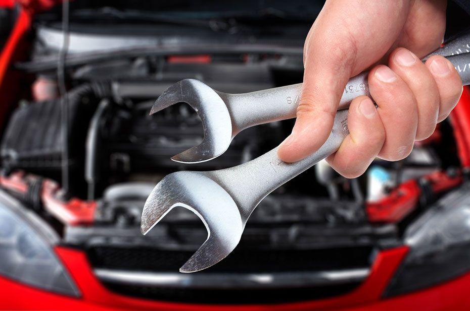 servis vozidla, ako sa starať o auto, auto, motor, kľúče