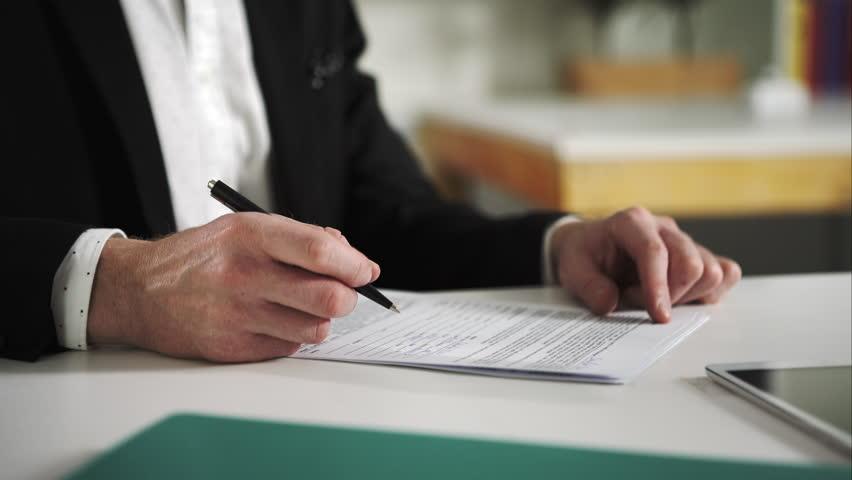 zmluvné podmienky, predaj vozidla autobazáru, dokumenty